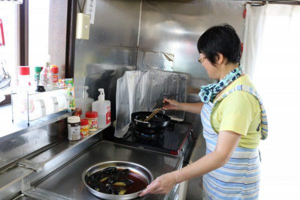 スタッフ手作りの昼食